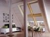 jasne rolety dachowe do ukośnych okien